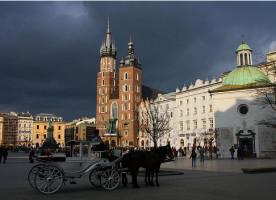 Szybki rozkwit Krakowa na pierwszym planie